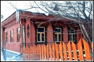 Rusya altın çember bölgesinde Suzdal evlerine örnekler.