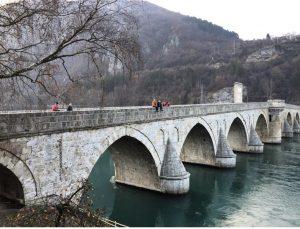 Drina köprüsü Visegrad şehrinde sizi bekliyor